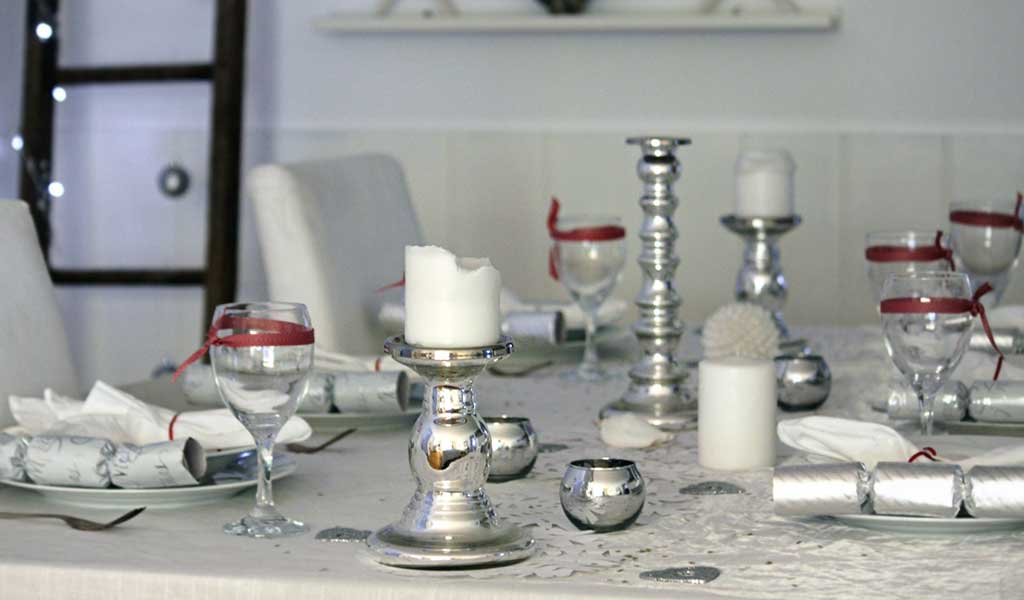 Beach-Cottage-Holiday-Tablescape